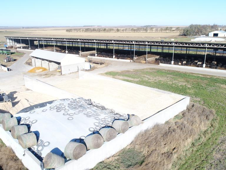 SD Monoslope Feedlot For Sale - Brookings County