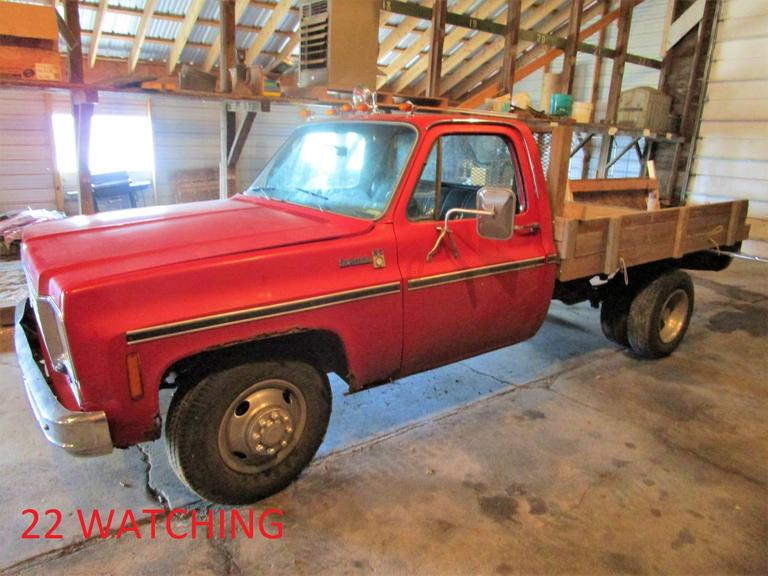 1976 Chevy Scottsdale Flatbed Dually Pickup - Online Auction