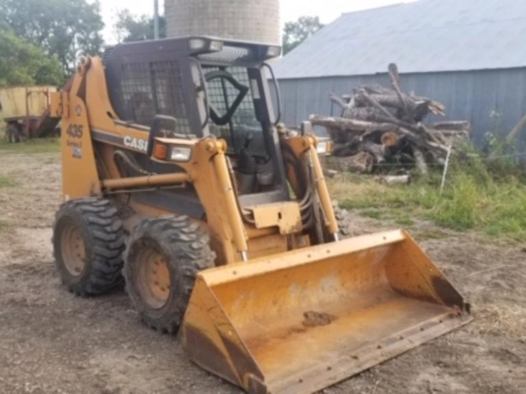 2009 Case 435 Skidsteer Series3 - 2 Speed LOW HOURS! - Online Auction