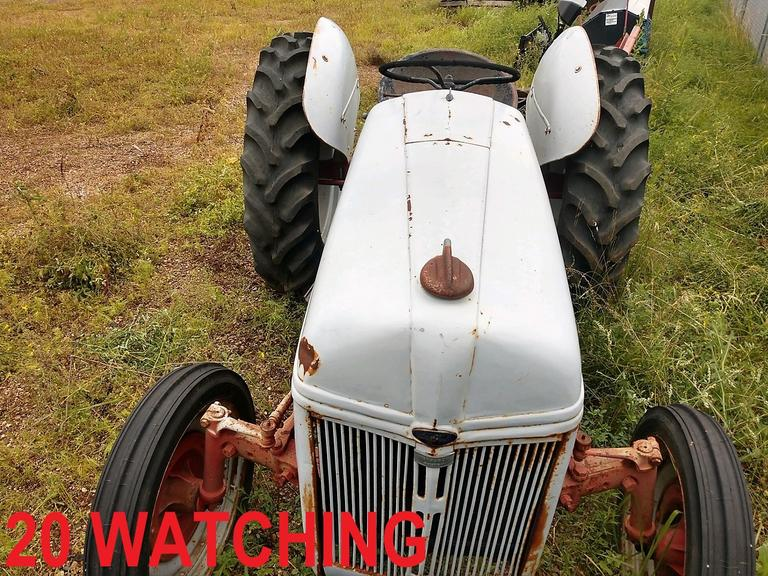 Ford N-Series Tractor - NEW TIRES, DANG! - Online Auction