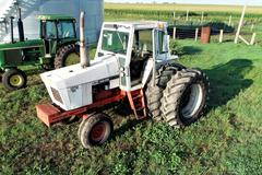 1370 Case Tractor with Duals - CLEAN - RUNS RIGHT! - Online Auction