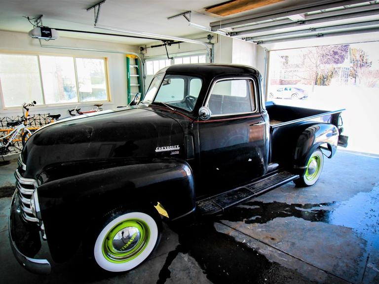 1950 Chevy 3100 - 4 Cylinder with Manual Transmission & RWD.  - Online Auction