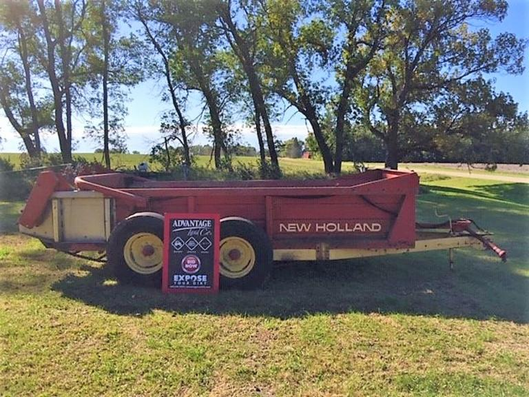 New Holland Manure Spreader - Online Auction
