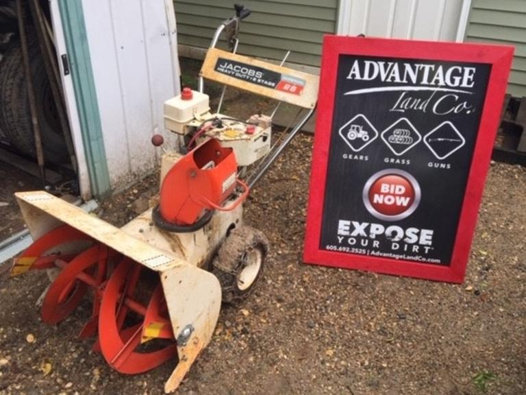 Jacobson 26 inch Snowblower - Directional Blower - Pull or Electric Start - RUNS - Online Auction