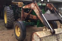 John Deere 4010 Diesel Tractor with Loader - Online Auction